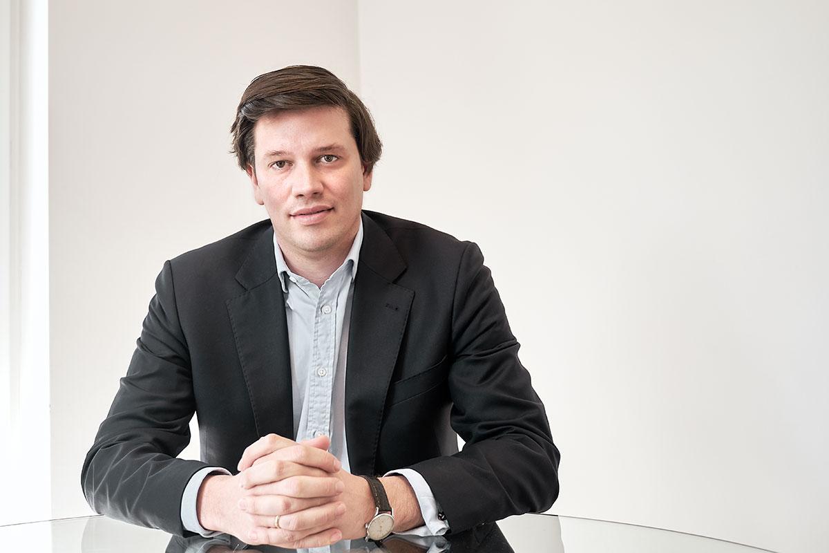 Dr. Christian Szczesny